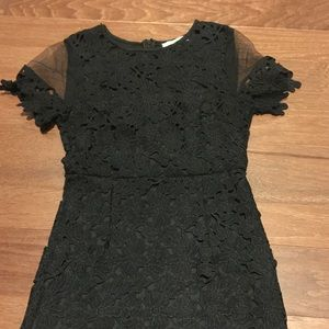 🖤LBD 🖤with lace detail